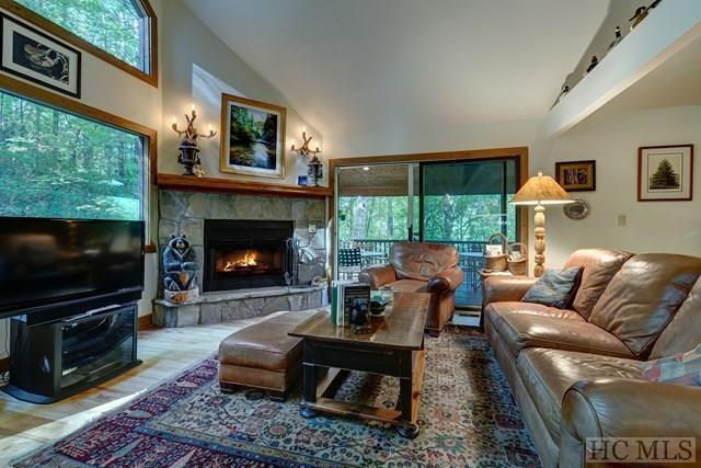 142 Hidden Springs Road, Highlands, NC 28741 (MLS #86998) :: Berkshire Hathaway HomeServices Meadows Mountain Realty