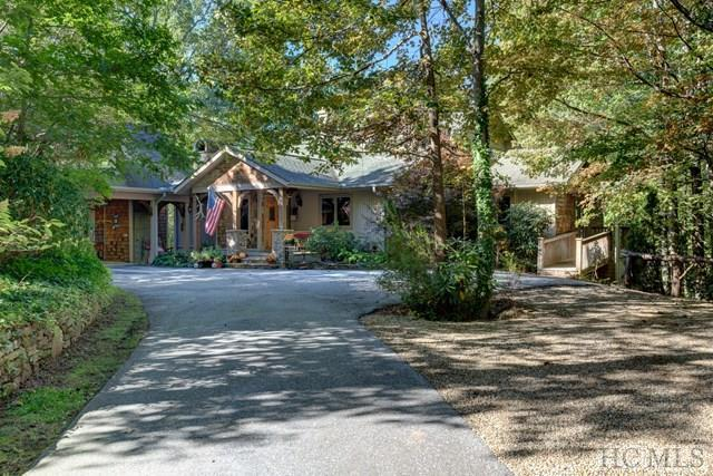 177 Mountain Shadows Drive, Highlands, NC 28741 (MLS #87025) :: Lake Toxaway Realty Co