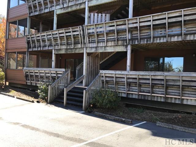 157 Toxaway Views #801, Lake Toxaway, NC 28747 (MLS #87142) :: Landmark Realty Group