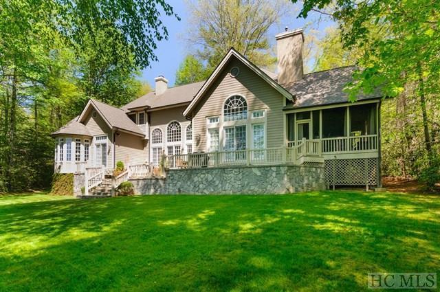 27 Cardinal Drive East, Lake Toxaway, NC 28747 (MLS #87205) :: Landmark Realty Group