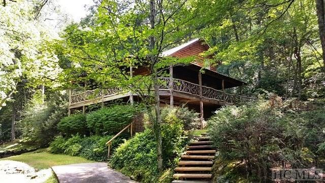 75 Hickory Hill Road, Highlands, NC 28741 (MLS #87272) :: Berkshire Hathaway HomeServices Meadows Mountain Realty