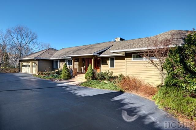 289 Upper Brushy Face Road, Highlands, NC 28741 (MLS #87617) :: Lake Toxaway Realty Co