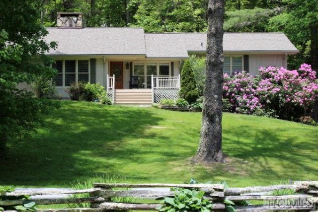 306 Deer Run, Highlands, NC 29741 (MLS #88023) :: Berkshire Hathaway HomeServices Meadows Mountain Realty
