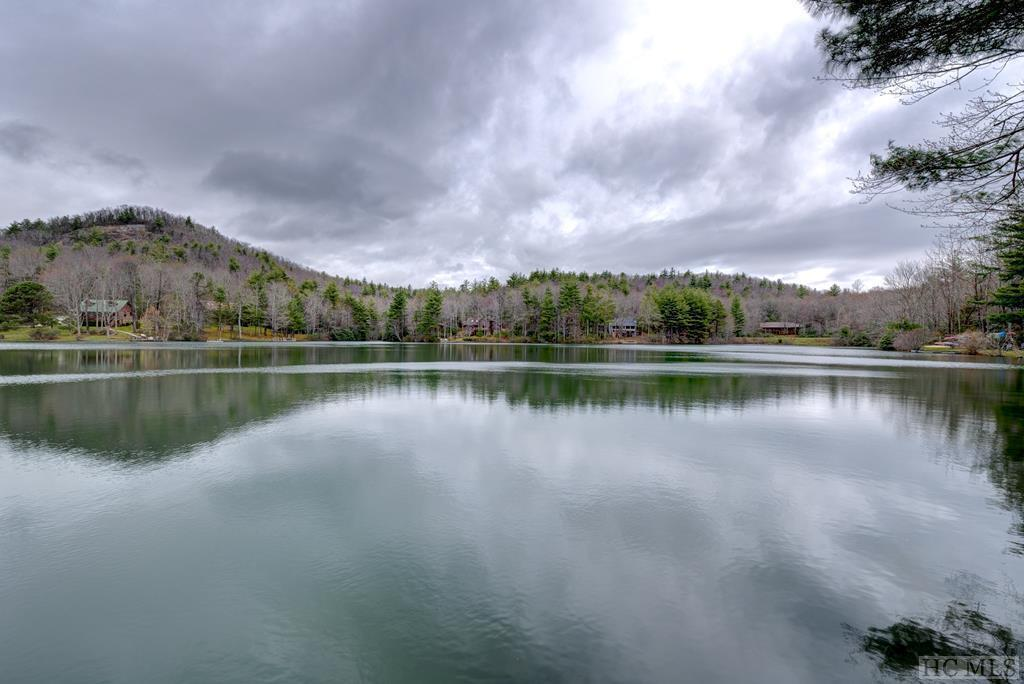9W Lakeside Road - Photo 1
