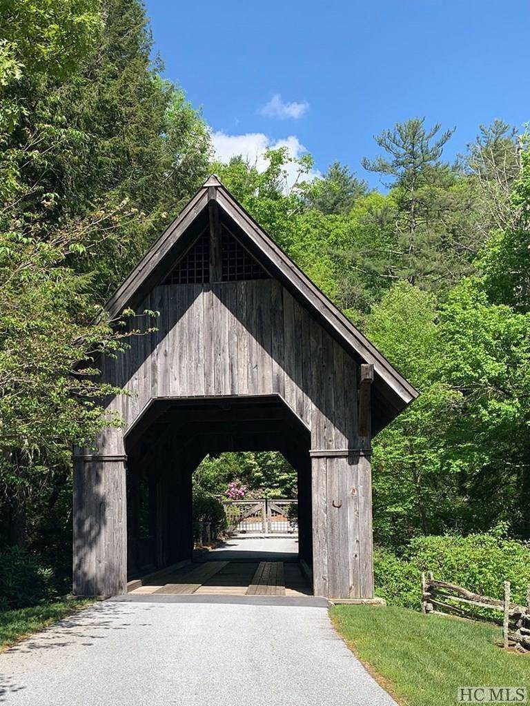 203 Cross Creek Trail - Photo 1