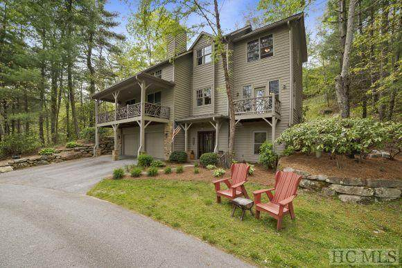 18 Crescent Court, Cashiers, NC 28717 (#96419) :: BluAxis Realty