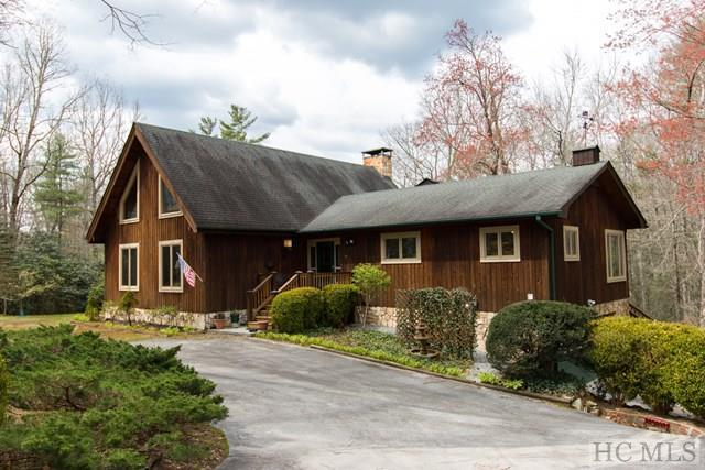 223 Clematis Lane, Cashiers, NC 28717 (MLS #85631) :: Lake Toxaway Realty Co