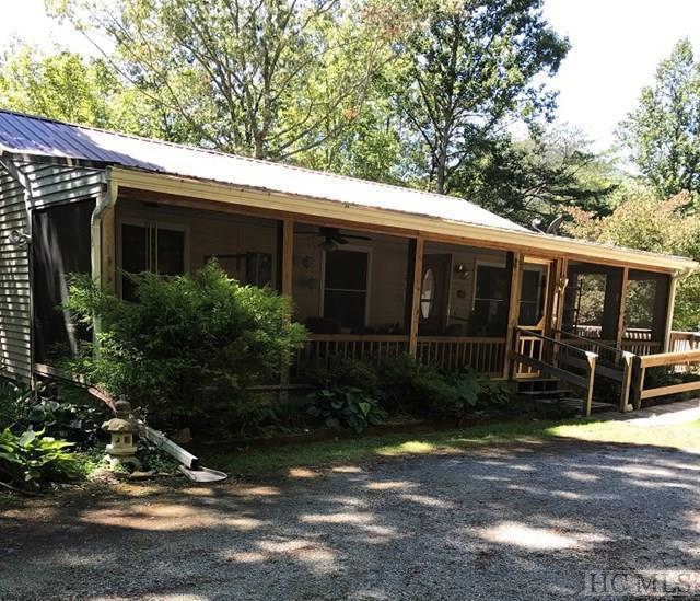 6108 Blue Ridge Road, Lake Toxaway, NC 28747 (MLS #86888) :: Landmark Realty Group