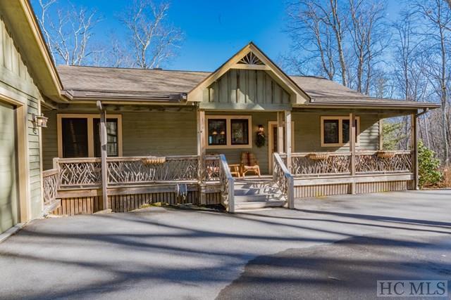 97 Sori Lane, Sapphire, NC 28774 (MLS #87429) :: Berkshire Hathaway HomeServices Meadows Mountain Realty