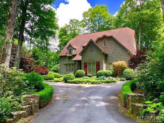 74 Sherwood Forest Road, Highlands, NC 28741 (MLS #88222) :: Berkshire Hathaway HomeServices Meadows Mountain Realty