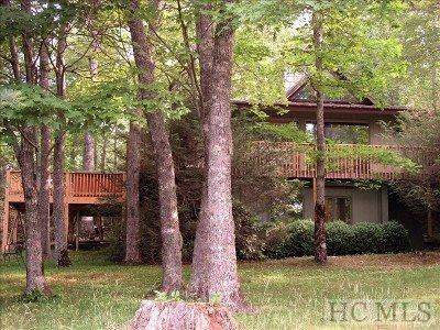 727 Wildwood Drive, Highlands, NC 28741 (MLS #91375) :: Berkshire Hathaway HomeServices Meadows Mountain Realty