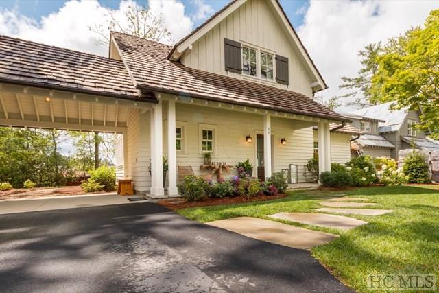 41 Cottage Walk Lane, Cashiers, NC 28717 (MLS #84152) :: Lake Toxaway Realty Co