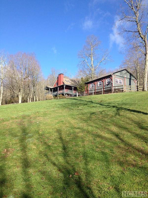 474 Flat Creek Drive, Glenville, NC 28736 (MLS #86322) :: Lake Toxaway Realty Co