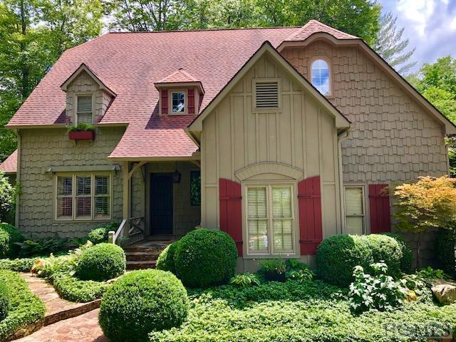 74 Sherwood Forest Road, Highlands, NC 28741 (MLS #88222) :: Lake Toxaway Realty Co