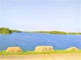 919 Lake Road - Photo 3