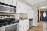 7708 74th Terrace - Photo 10
