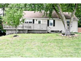 13822 Midland Drive, Shawnee, KS 66216 (#2047452) :: The Shannon Lyon Group - Keller Williams Realty Partners