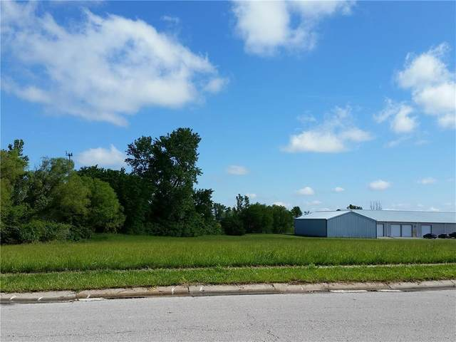 Sunrise Drive, Raymore, MO 64083 (#2084581) :: House of Couse Group