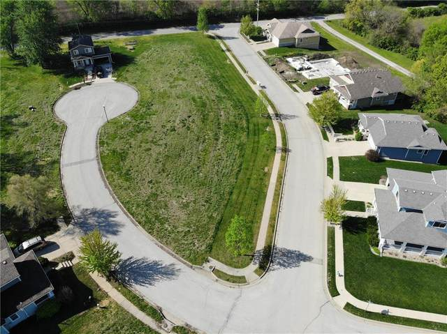 2011 Brookside Circle, Excelsior Springs, MO 64024 (#2122208) :: The Rucker Group
