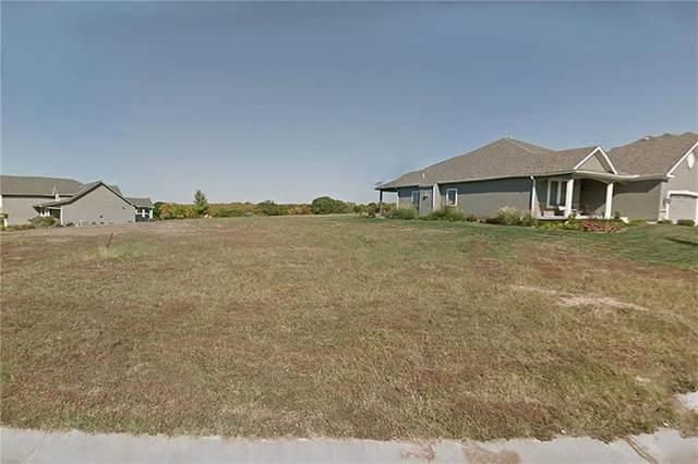 13290 Davis Avenue, Bonner Springs, KS 66012 (#2129796) :: House of Couse Group