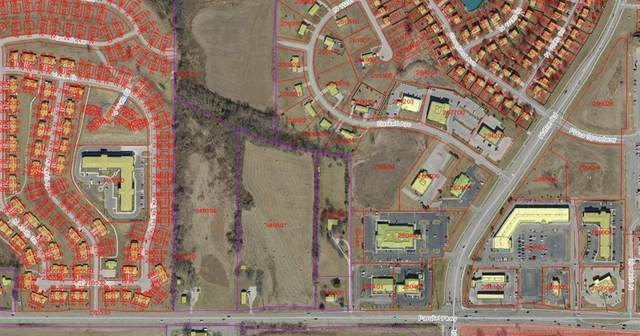 11204 Parallel Parkway, Kansas City, KS 66109 (#2154043) :: Ron Henderson & Associates