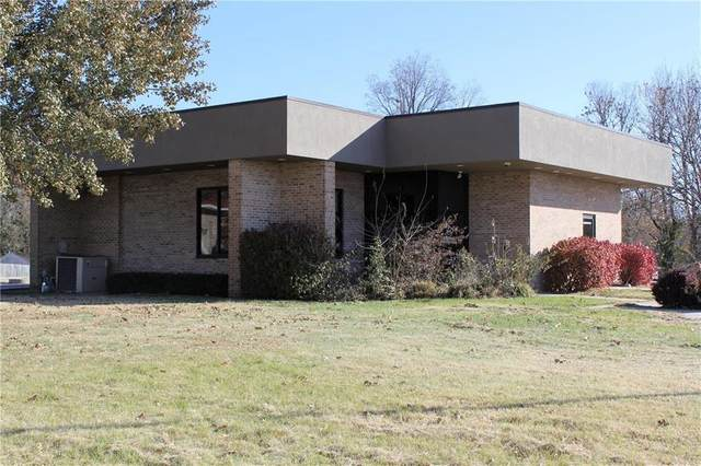 609 W Fort Scott Street, Butler, MO 64730 (#2198264) :: Edie Waters Network