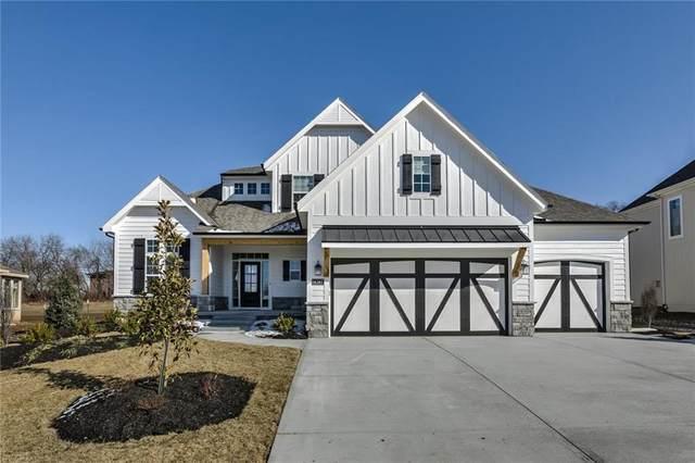 14387 S Parkhill Street, Olathe, KS 66062 (#2207219) :: House of Couse Group