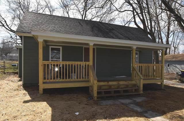 325 E Main Street, Smithville, MO 64089 (#2209726) :: Eric Craig Real Estate Team