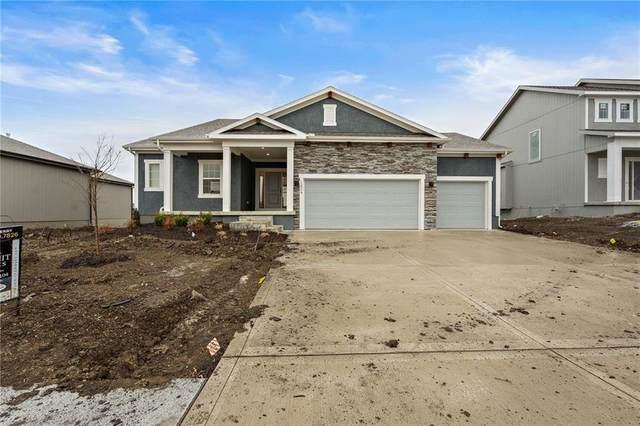 1824 NE Griffin Drive, Lee's Summit, MO 64086 (#2227333) :: Eric Craig Real Estate Team