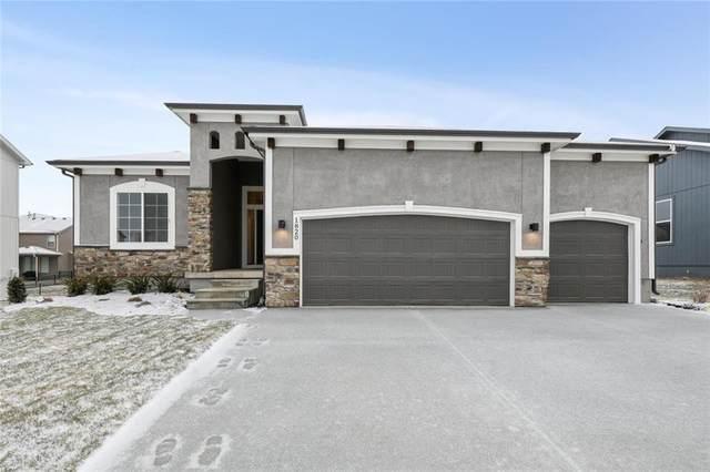 1820 NE Griffin Drive, Lee's Summit, MO 64086 (#2232177) :: Eric Craig Real Estate Team