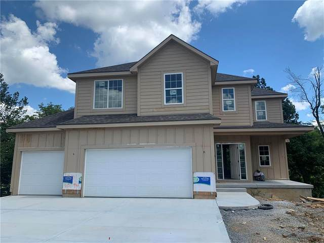 1016 SE Wood Ridge Court, Blue Springs, MO 64014 (#2237272) :: House of Couse Group