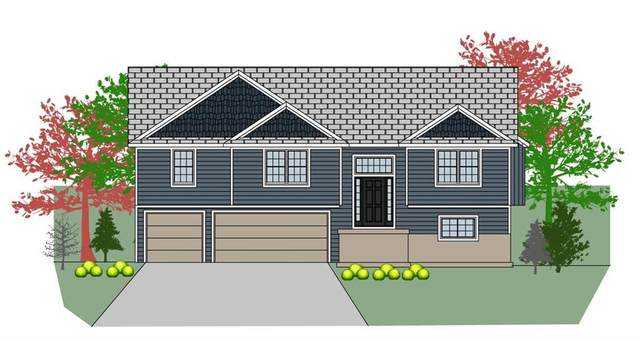 902 NW 4th Street, Oak Grove, MO 64075 (#2240032) :: House of Couse Group