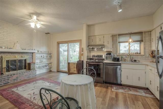 811 E 121st Terrace, Kansas City, MO 64146 (#2241651) :: House of Couse Group