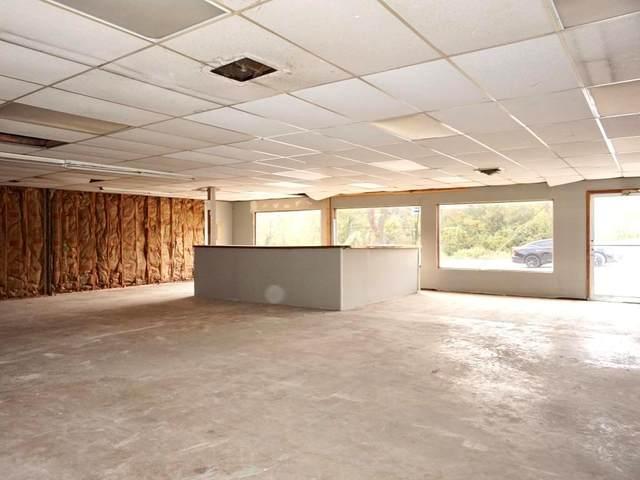 505 E Young Avenue, Warrensburg, MO 64093 (#2247406) :: The Kedish Group at Keller Williams Realty