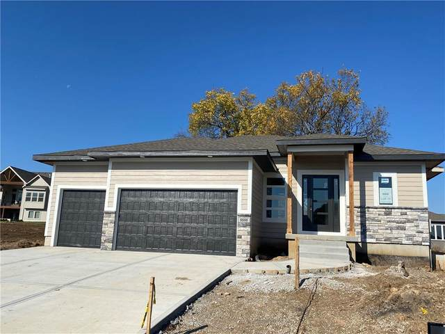 8888 Freedom Street, Lenexa, KS 66227 (#2247432) :: Team Real Estate