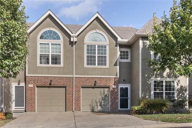 15828 W 61st Street, Shawnee, KS 66217 (#2249437) :: Eric Craig Real Estate Team