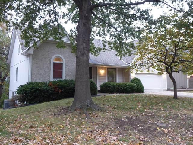 15608 W 81st Street, Lenexa, KS 66219 (#2250318) :: House of Couse Group