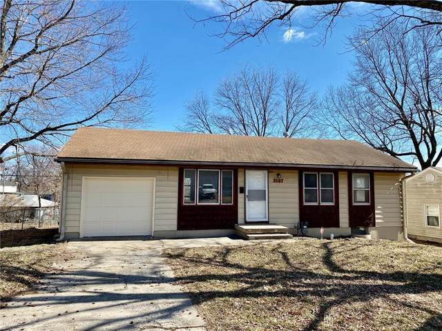 3507 N Spring Street, Independence, MO 64050 (#2251212) :: Ron Henderson & Associates