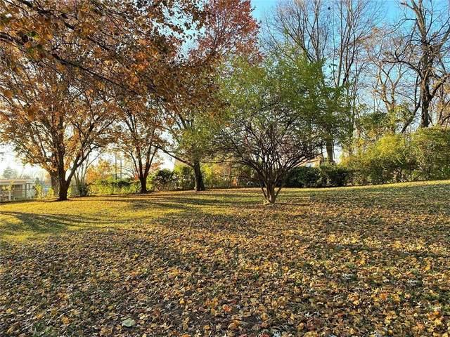 61/62B Emerald Shore Lane, Lake Tapawingo, MO 64015 (#2251725) :: The Kedish Group at Keller Williams Realty