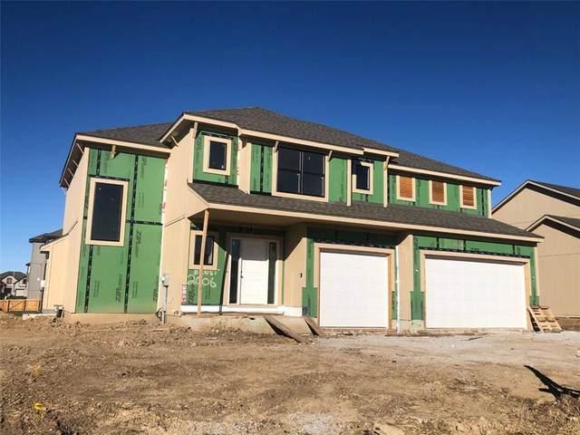 2006 NE 113th Terrace, Kansas City, MO 64155 (#2252313) :: House of Couse Group