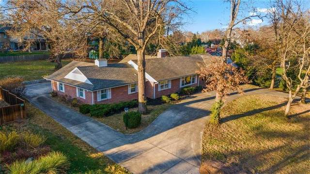 3110 Tomahawk Road, Mission Hills, KS 66208 (#2252608) :: Audra Heller and Associates