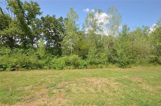 8200 Westlake Drive, Parkville, MO 64152 (#2252662) :: Team Real Estate