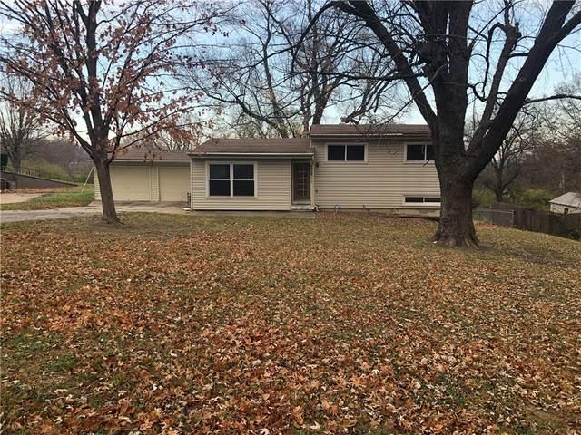 3800 E 98th Terrace, Kansas City, MO 64137 (#2253442) :: Edie Waters Network