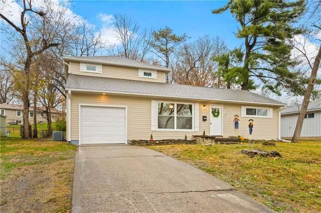 8118 W 85th Street, Overland Park, KS 66212 (#2253825) :: Audra Heller and Associates