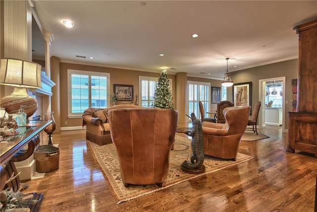 411 W 46th #502 Terrace #502, Kansas City, MO 64112 (#2253952) :: House of Couse Group