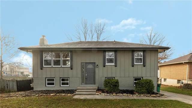 319 SW Glendana Drive, Lee's Summit, MO 64081 (#2254113) :: The Kedish Group at Keller Williams Realty