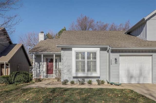 9208 W 121st Terrace, Overland Park, KS 66213 (#2254135) :: House of Couse Group