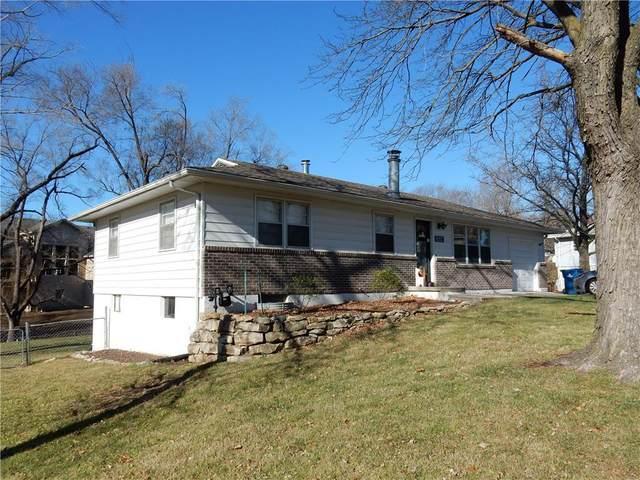 1330 Lake Road, Liberty, MO 64068 (#2254205) :: Audra Heller and Associates