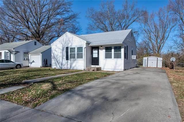 1008 NE 44th Terrace, Kansas City, MO 64116 (#2254258) :: House of Couse Group