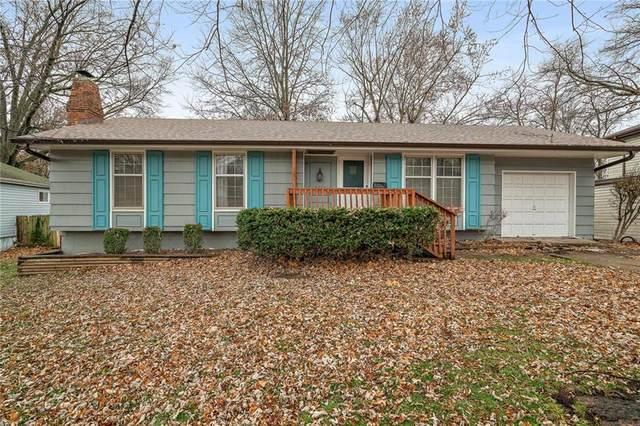 5224 Cottage Avenue, Kansas City, MO 64133 (#2254300) :: House of Couse Group